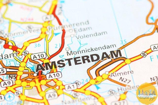 Amsterdam Nerede