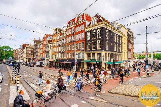 Amsterdam Ulaşım Bisiklet