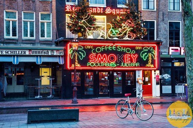 Amsterdam'da Coffee Shop