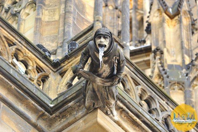 st vitus katedrali heykel